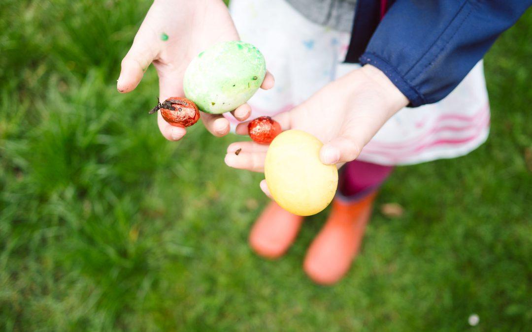 Ostereiersuche im Garten