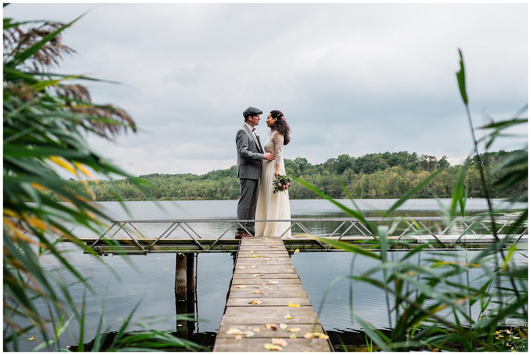 Hochzeitsfotograf Boris Mehl Hochzeitspaar Haus am Bauernsee